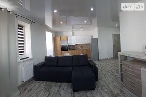 Сдается в аренду 2-комнатная квартира 67 кв. м в Ивано-Франковске