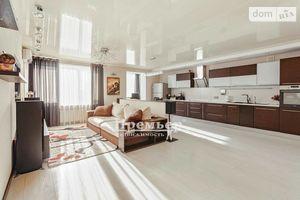 Продается 3-комнатная квартира 135 кв. м в Одессе