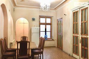 Продається 5-кімнатна квартира 274 кв. м у Одесі