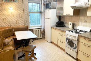 Продається 3-кімнатна квартира 67.9 кв. м у Дніпрі