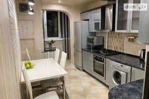 Продается 3-комнатная квартира 65.9 кв. м в Одессе