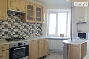 Сдается в аренду 3-комнатная квартира 85 кв. м в Тернополе