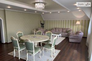 Сдается в аренду 4-комнатная квартира 150 кв. м в Берегове