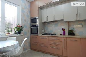 Продается 3-комнатная квартира 54 кв. м в Харькове
