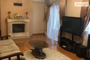 Продается часть дома 280 кв. м с подвалом