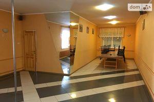 Сдается в аренду дом на 3 этажа 150 кв. м с подвалом