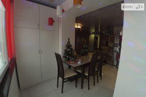 Сдается в аренду 3-комнатная квартира 86 кв. м в Черкассах