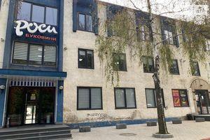 Продається торгово-офісний центр 7143 кв. м в 3-поверховій будівлі