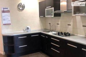 Продається 2-кімнатна квартира 102.8 кв. м у Одесі