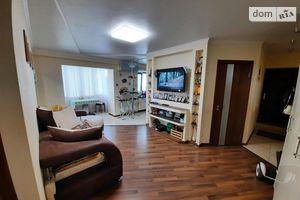 Продается 3-комнатная квартира 60 кв. м в Кропивницком