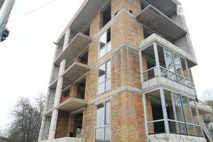 Продается 1-комнатная квартира 54.8 кв. м в Тернополе