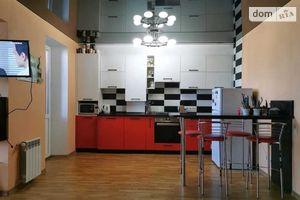 Продается 1-комнатная квартира 46 кв. м в Полтаве