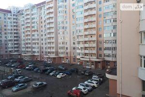 Продається 2-кімнатна квартира 77 кв. м у Одесі