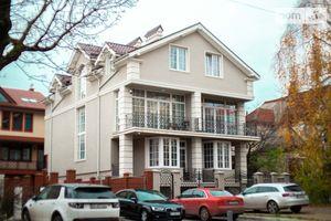 Продается дом на 3 этажа 250 кв. м с гаражом