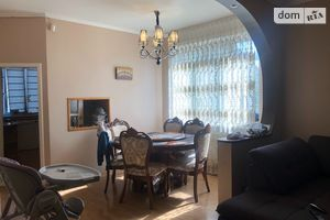 Продается дом на 2 этажа 243 кв. м с верандой