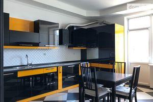 Сдается в аренду 4-комнатная квартира 170 кв. м в Киеве