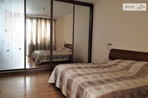 Продается 4-комнатная квартира 156.8 кв. м в Киеве