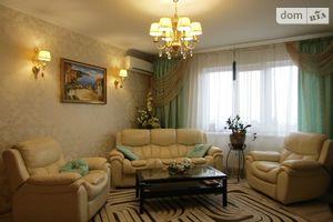 Продается 3-комнатная квартира 97.5 кв. м в Черкассах