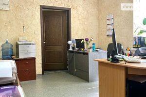 Продається об'єкт сфери послуг 61 кв. м в 5-поверховій будівлі
