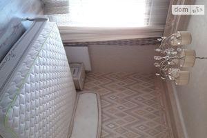Сдается в аренду 3-комнатная квартира 120 кв. м в Ужгороде