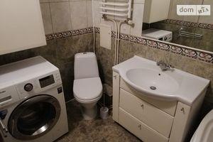 Продается 3-комнатная квартира 68.2 кв. м в Тернополе