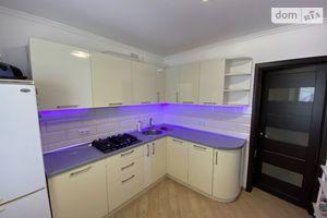 Продается 3-комнатная квартира 64 кв. м в Виннице