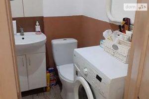 Продається 1-кімнатна квартира 34 кв. м у Полтаві