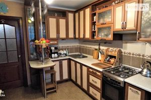 Продается 1-комнатная квартира 39.1 кв. м в Чернигове