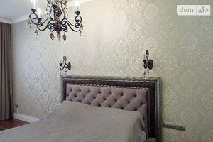 Продается 3-комнатная квартира 100.6 кв. м в Одессе