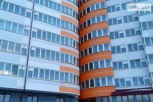 Продається 3-кімнатна квартира 96.6 кв. м у Івано-Франківську