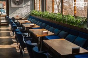 Сдается в аренду кафе, бар, ресторан 247 кв. м в 5-этажном здании