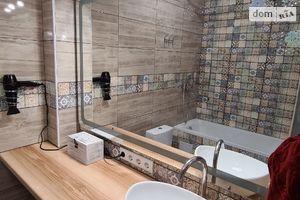 Продается 1-комнатная квартира 32 кв. м в Киеве