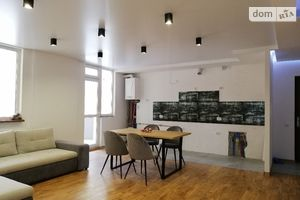 Продается 2-комнатная квартира 79 кв. м в Тернополе