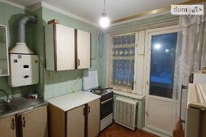 Продается 1-комнатная квартира 36 кв. м в Чернигове