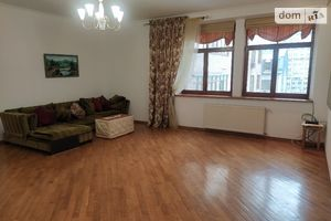 Сдается в аренду 3-комнатная квартира 148 кв. м в Киеве