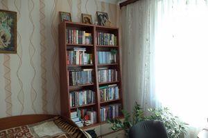 Продается 4-комнатная квартира 79 кв. м в Чернигове