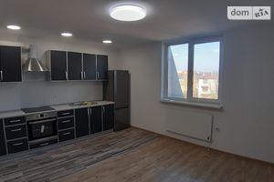 Продается 3-комнатная квартира 120 кв. м в Черновцах