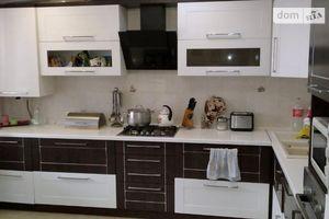 Продається 5-кімнатна квартира 140 кв. м у Тернополі