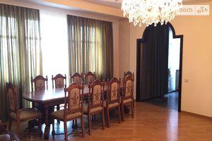 Сдается в аренду 4-комнатная квартира 167 кв. м в Киеве