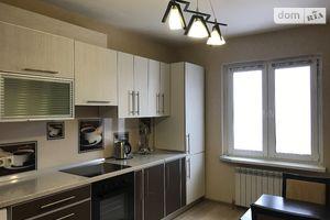 Продается 3-комнатная квартира 93.5 кв. м в Киеве