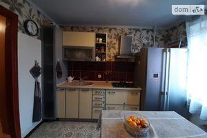 Продается 4-комнатная квартира 79 кв. м в Черкассах