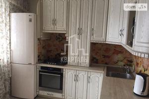 Продается 2-комнатная квартира 71.5 кв. м в Киеве