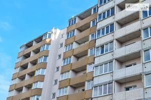 Продається 3-кімнатна квартира 83.6 кв. м у Чернігові