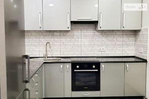 Сдается в аренду 2-комнатная квартира 85 кв. м в Черновцах