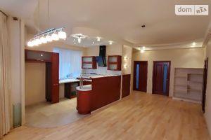 Продається 4-кімнатна квартира 95 кв. м у Одесі