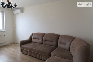 Продается 3-комнатная квартира 75.5 кв. м в Черкассах