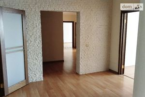Здається в оренду 4-кімнатна квартира 150 кв. м у Києві