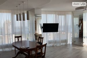 Сдается в аренду 2-комнатная квартира 85 кв. м в Днепре