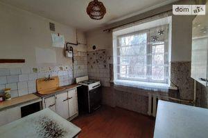 Продается 3-комнатная квартира 77 кв. м в Черновцах