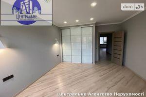 Продається 3-кімнатна квартира 100 кв. м у Чернівцях
